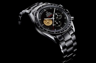omega-speedmaster-moonwatch-medal