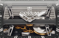 Corum_Ti-Bridge_automatic_dual_Winder_focus