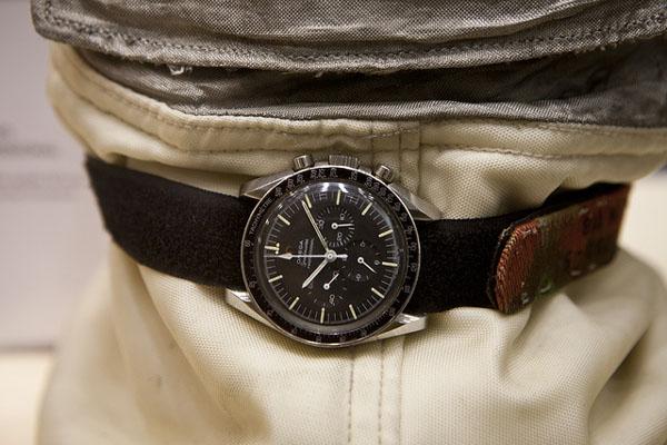 omega histoire des montres de la marque omega. Black Bedroom Furniture Sets. Home Design Ideas