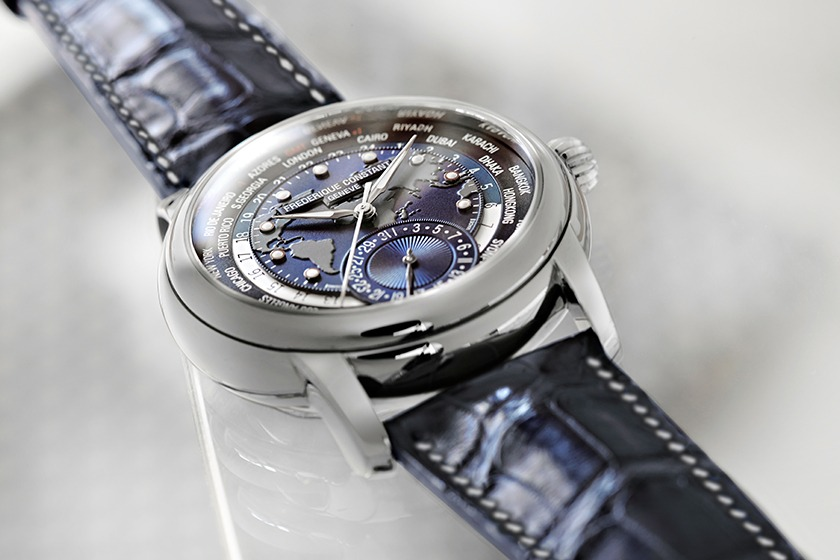 Frederique Constant - Classics Manufacture Worldtimer Navy Blue