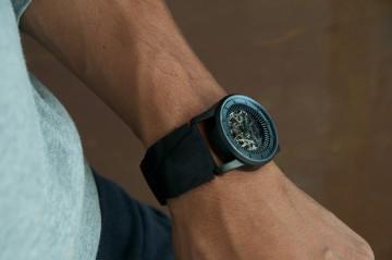 fob Paris - Rehab 413 noir matte wrist
