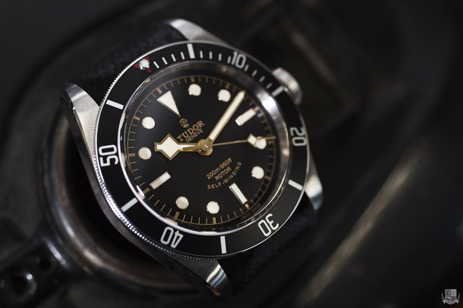 Tudor Black Bay Black - Focus