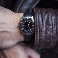 William L 70s style Diver