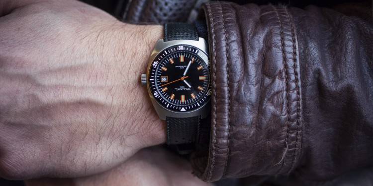 William L 70s style Diver
