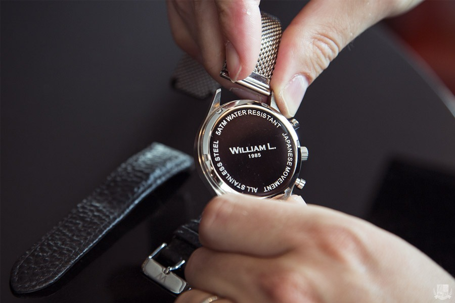 william-l-watches-fond-boite