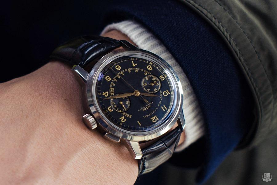 Vulcain 50's Presidents' Chronograph Heritage - wrist