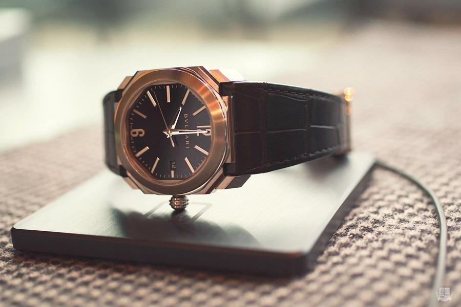 """ONEOF Accuracy : """"L'heure juste ou la première politesse d'une montre mécanique !"""""""