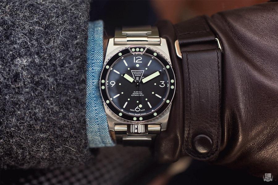 ZRC Grands Fonds Marine Nationale , Wrist