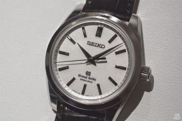 Grand Seiko Spring Drive SBGD001 - Focus
