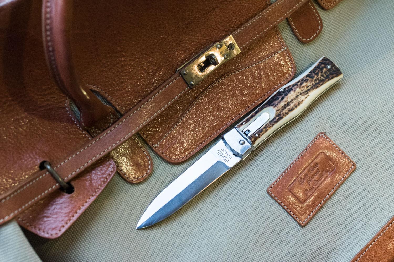 Couteau automatique - Mikov Predator - Manche en bois de cerf
