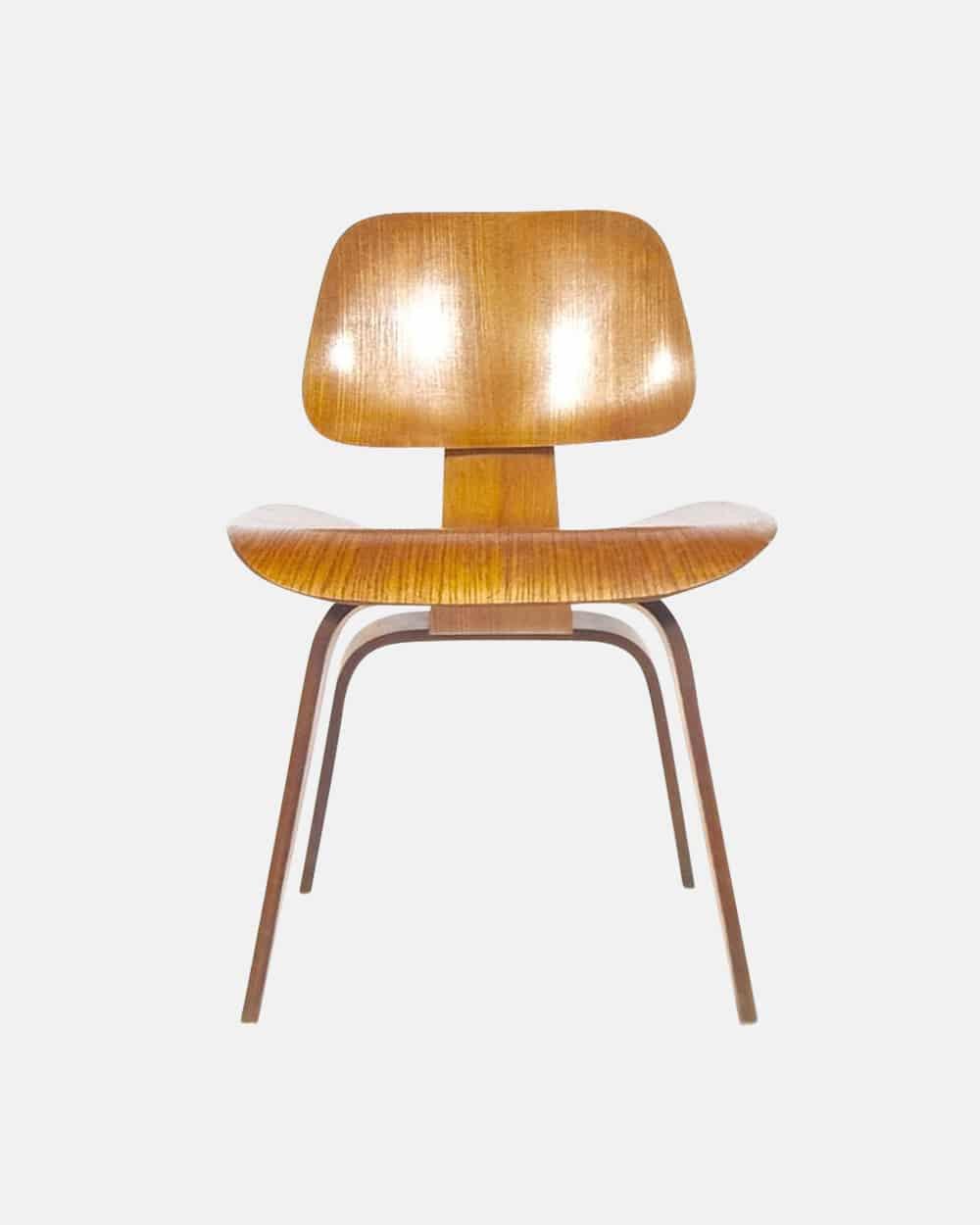Design montres vintage qui se ressemble s 39 assemble for Chaise occasion