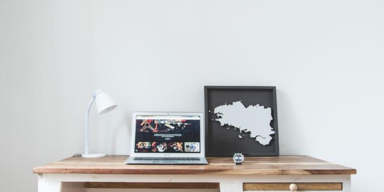 Road Trip #1 : voyage au bout de la Terre - Maison Airbnb du quartier des artistes