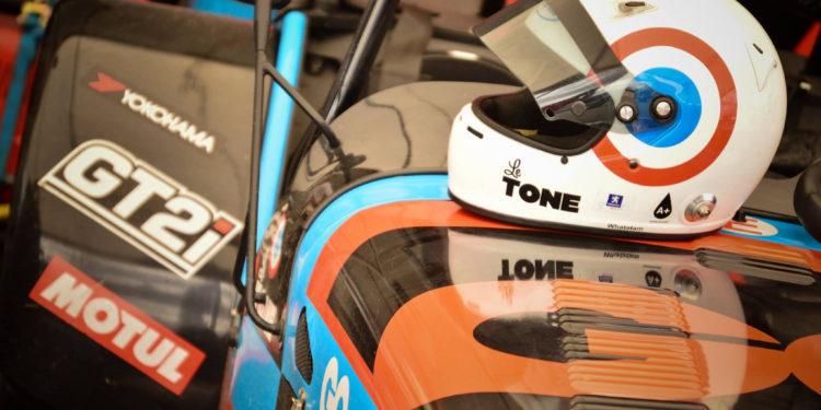 Le Tone et ses compétitions Caterham