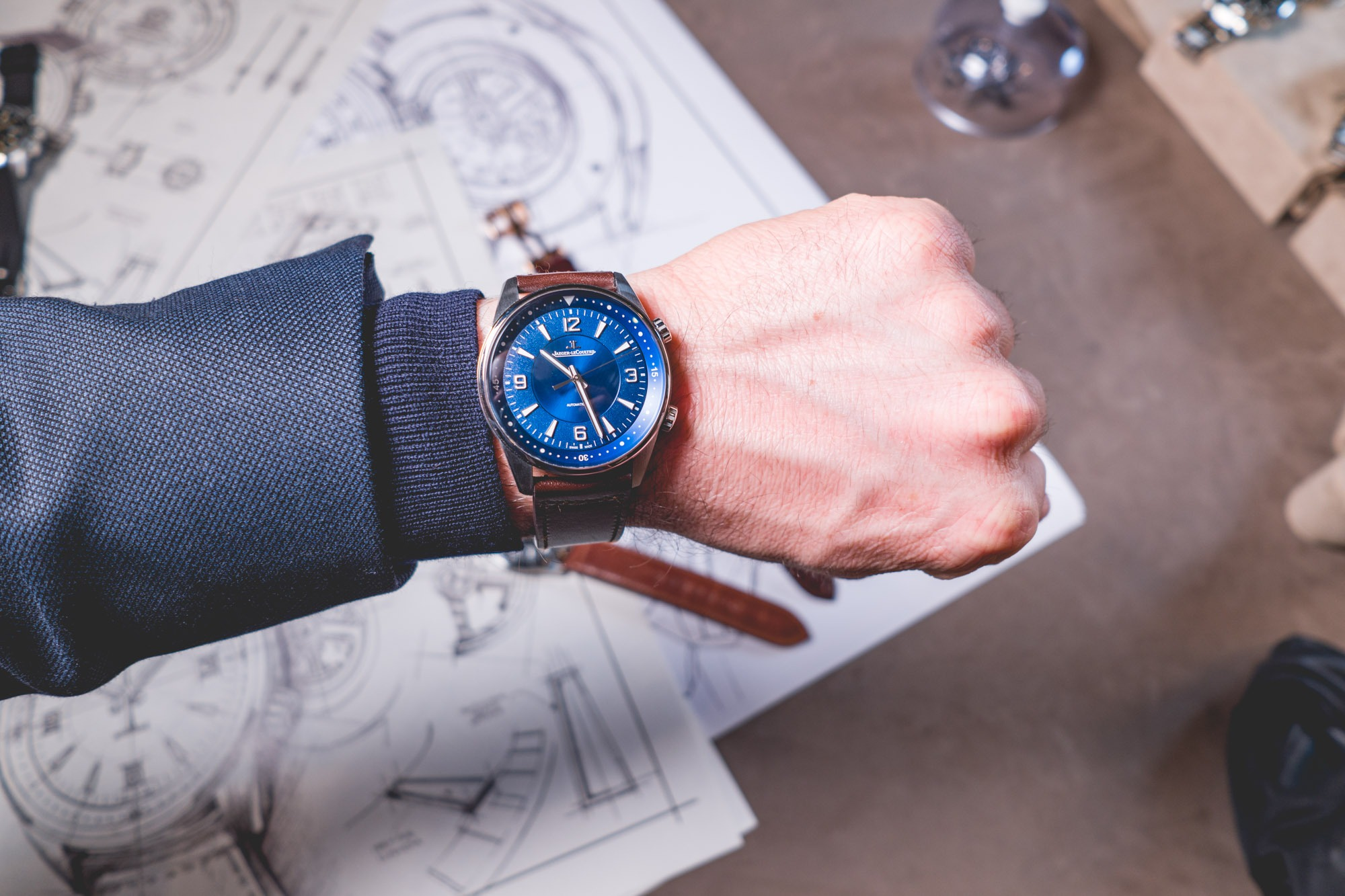 Jaeger Lecoultre - SIHH 2018 - Polaris Date Cadran bleu - porté