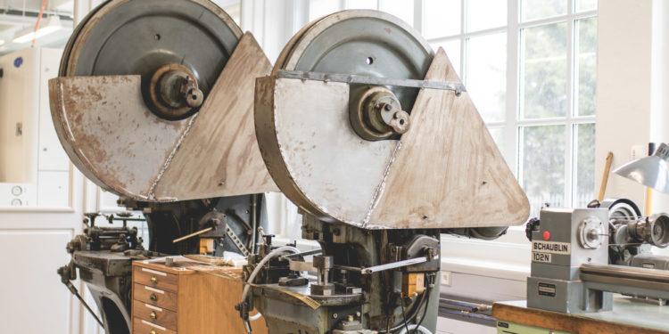 Montblanc Manufacture Villeret - Machine découpeuse