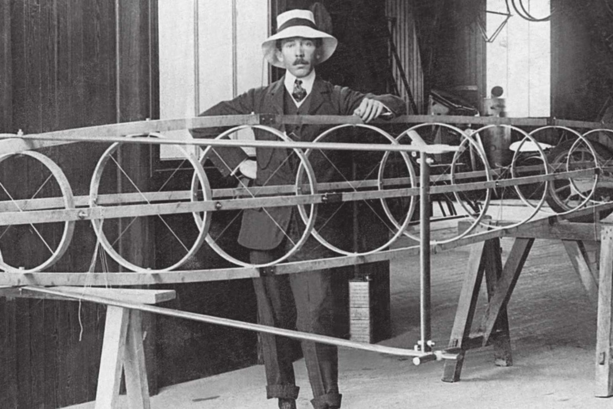Alberto Santos-Dumont - Structure d'avion
