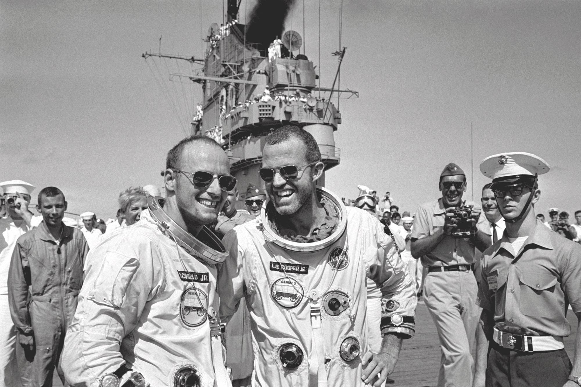 "Charles ""Pete"" Conrad et Gordon Cooper en 1965"
