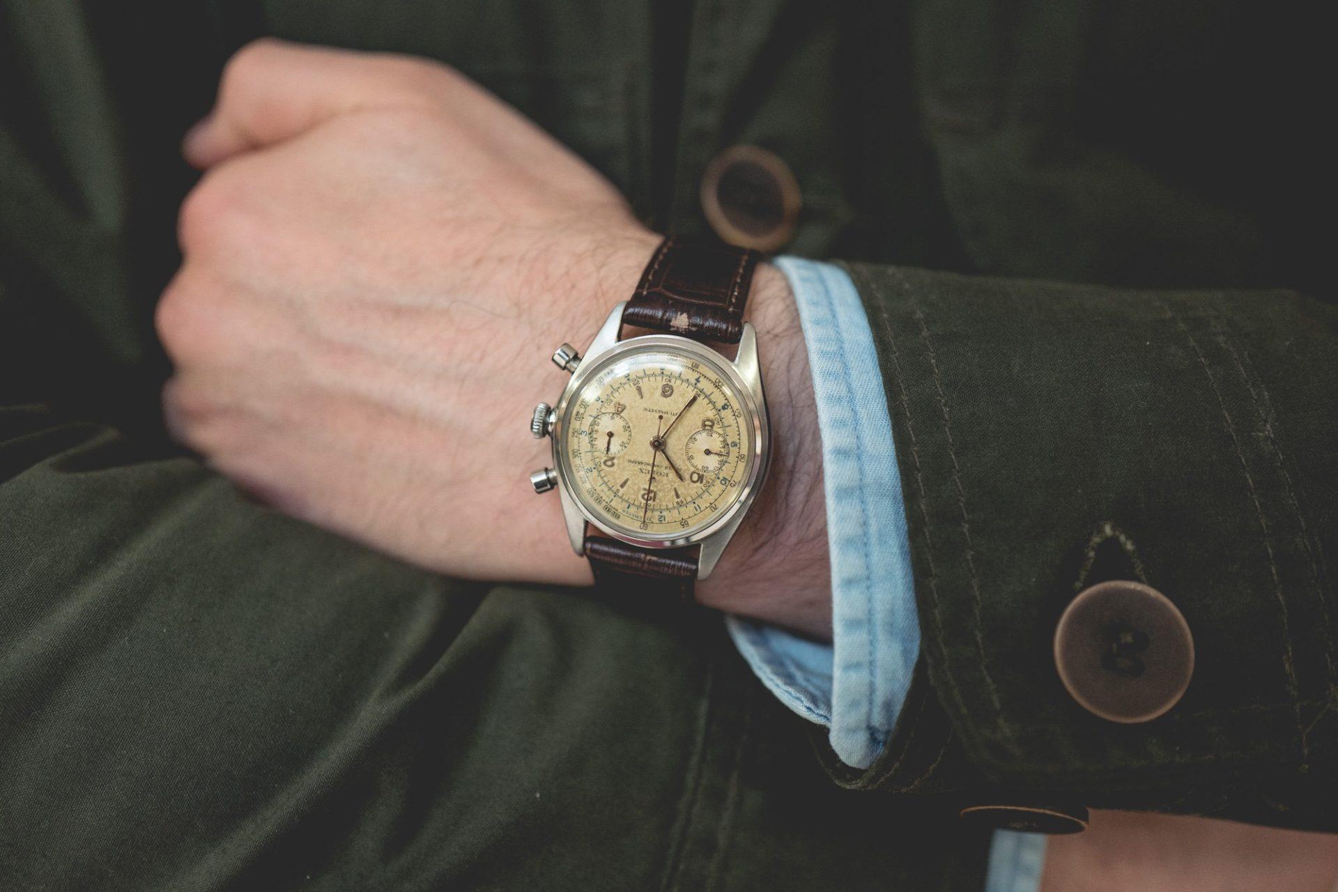 Vente Tajan Georg Fischer Rolex Oyster Chronograph Ref. 4500 - Poignet