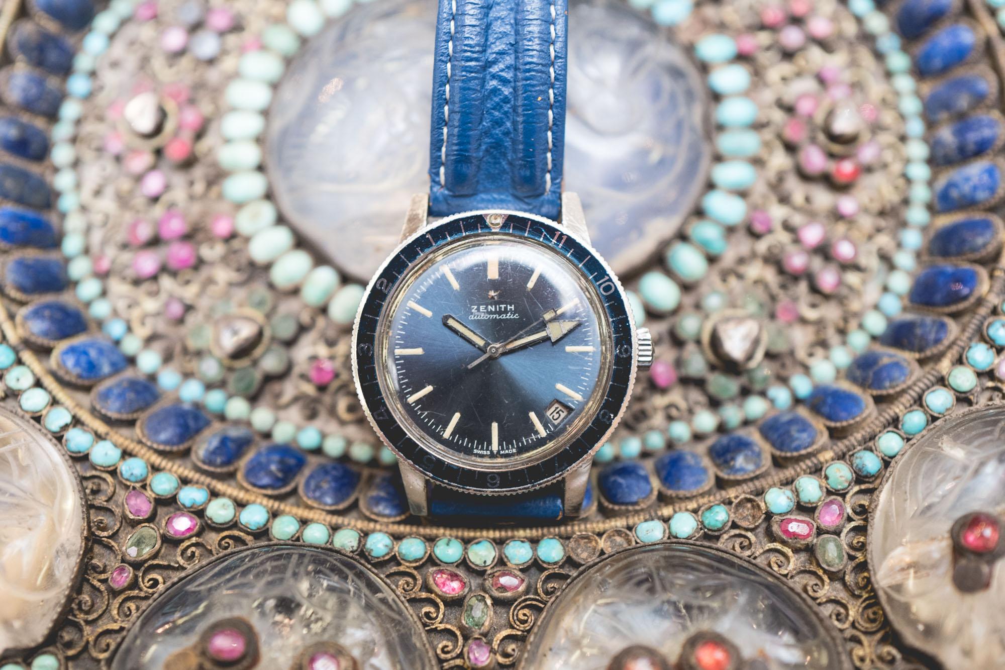 """Vente aux enchères """"montres"""" Tajan - Montre de plongée Zénith"""