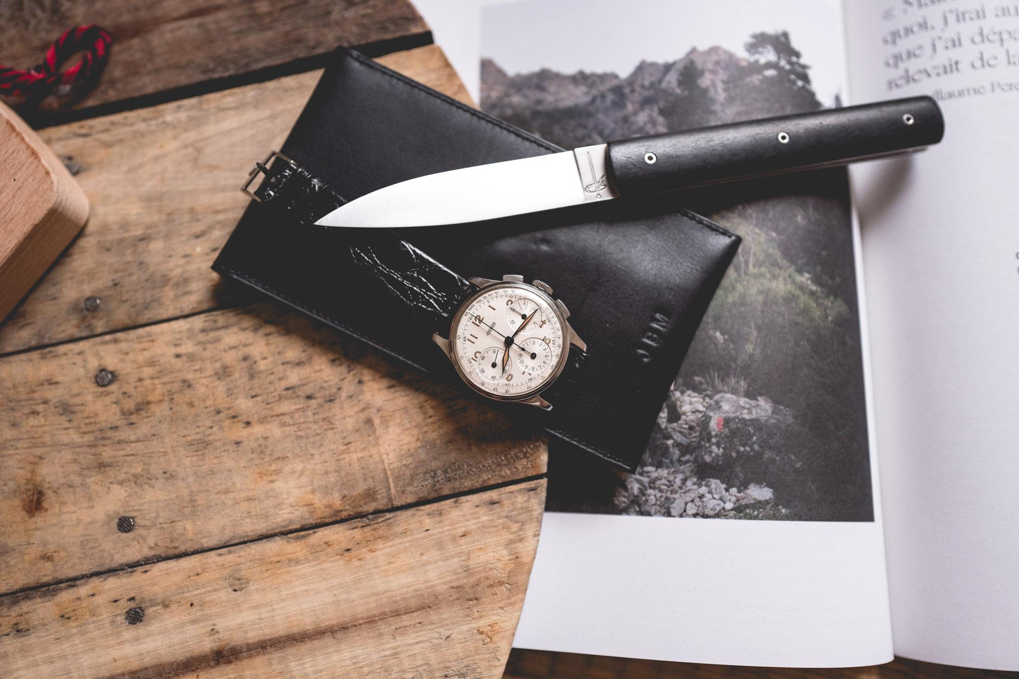 Chronographe Jaeger et couteau pliant Perceval en ébène