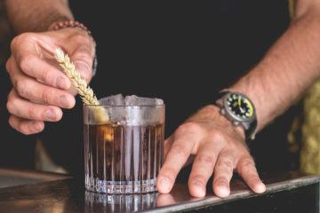 Le Syndicat Cocktail Club - À Midi ou à Minuit
