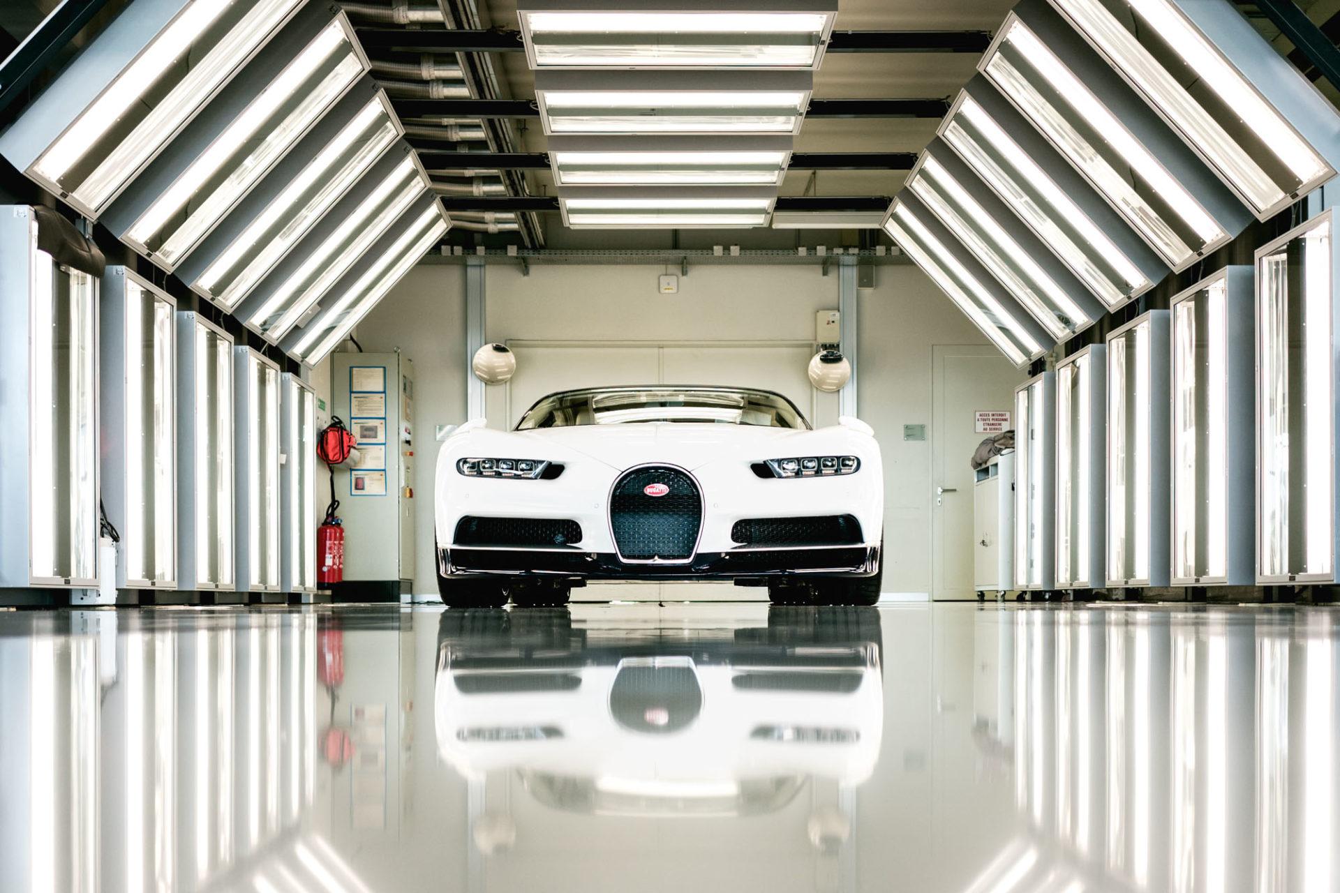 Ateliers Bugatti à Molsheim - Bugatti Chiron et le tunnel de lumière