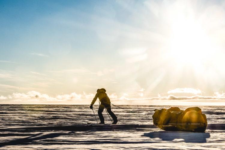 Pangaea in Antarctica. Princess Astrid Coast. Dronning Maud Land. 69-40 S 009 E . Kameneva bukta. Lazarev Sea. Mike Horn starts his 5000 km trip of crossing Antarctica continent .