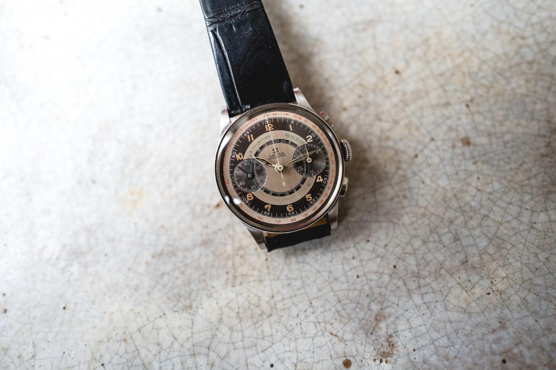 Tajan - Vente de montres du 11 décembre -Omega Chronographe CK 987