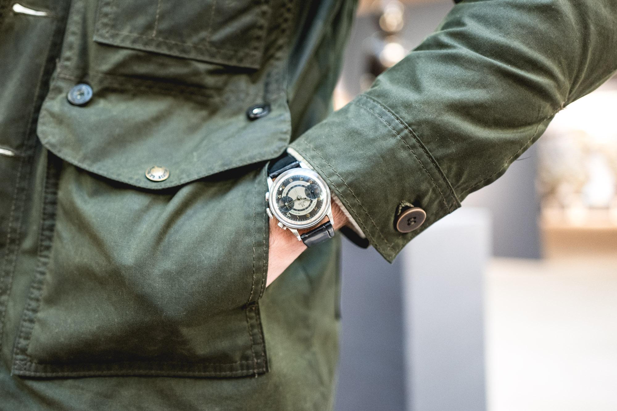 Tajan - Vente de montres du 11 décembre -Omega Chronographe CK 987Tajan - Vente de montres du 11 décembre -Omega Chronographe CK 987