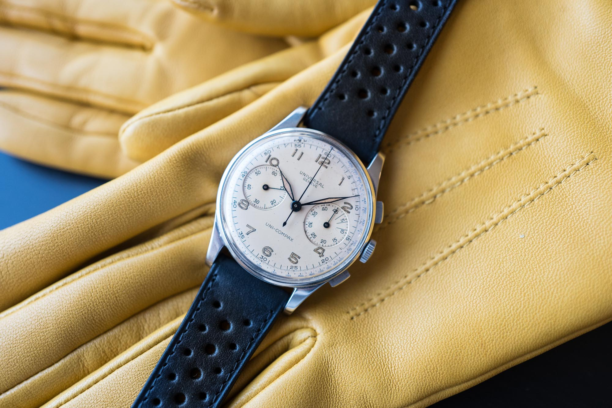 Universal Genève chronographe Uni-Compax