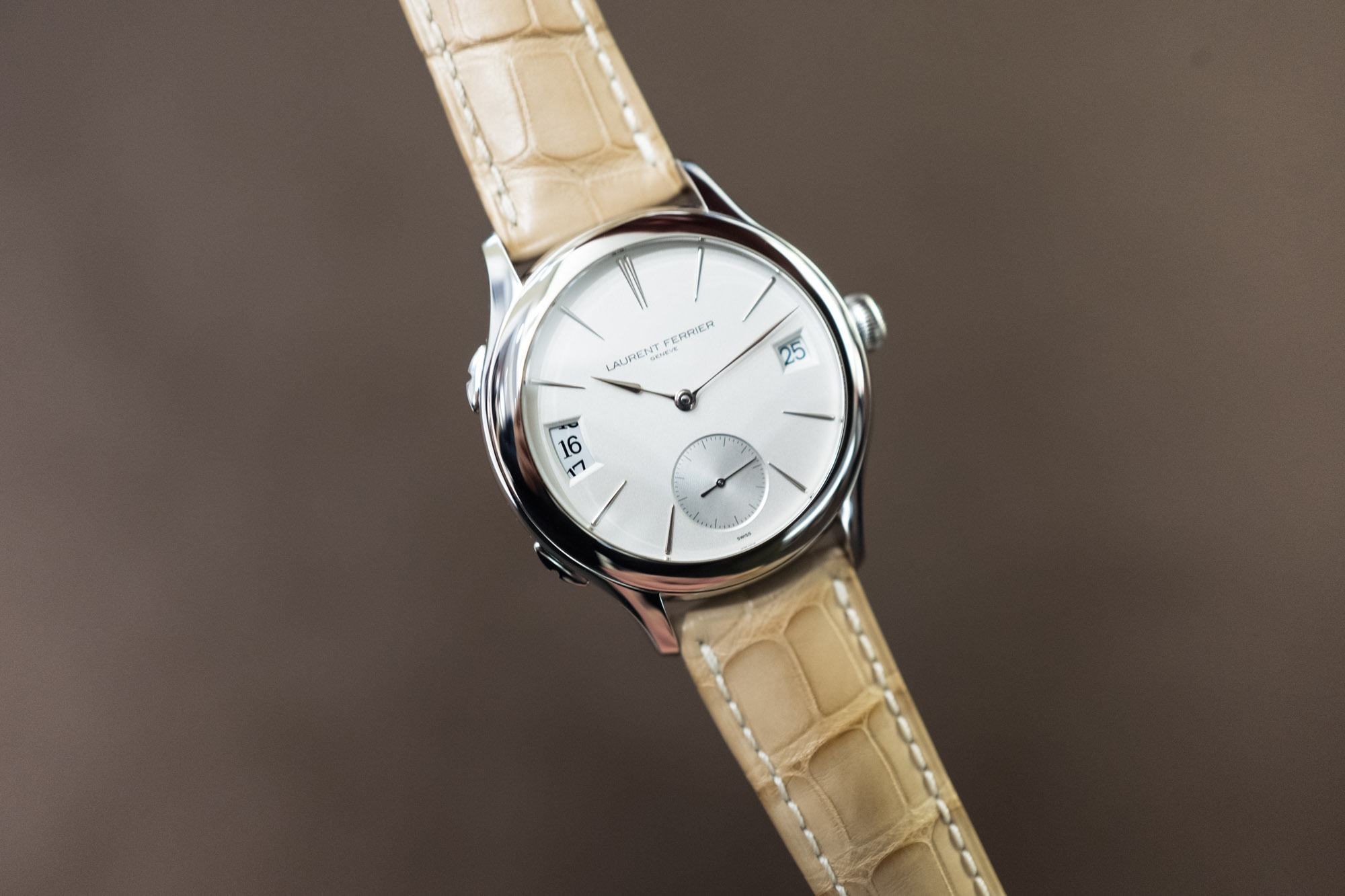 Laurent Ferrier - Galet Traveler Opalin White