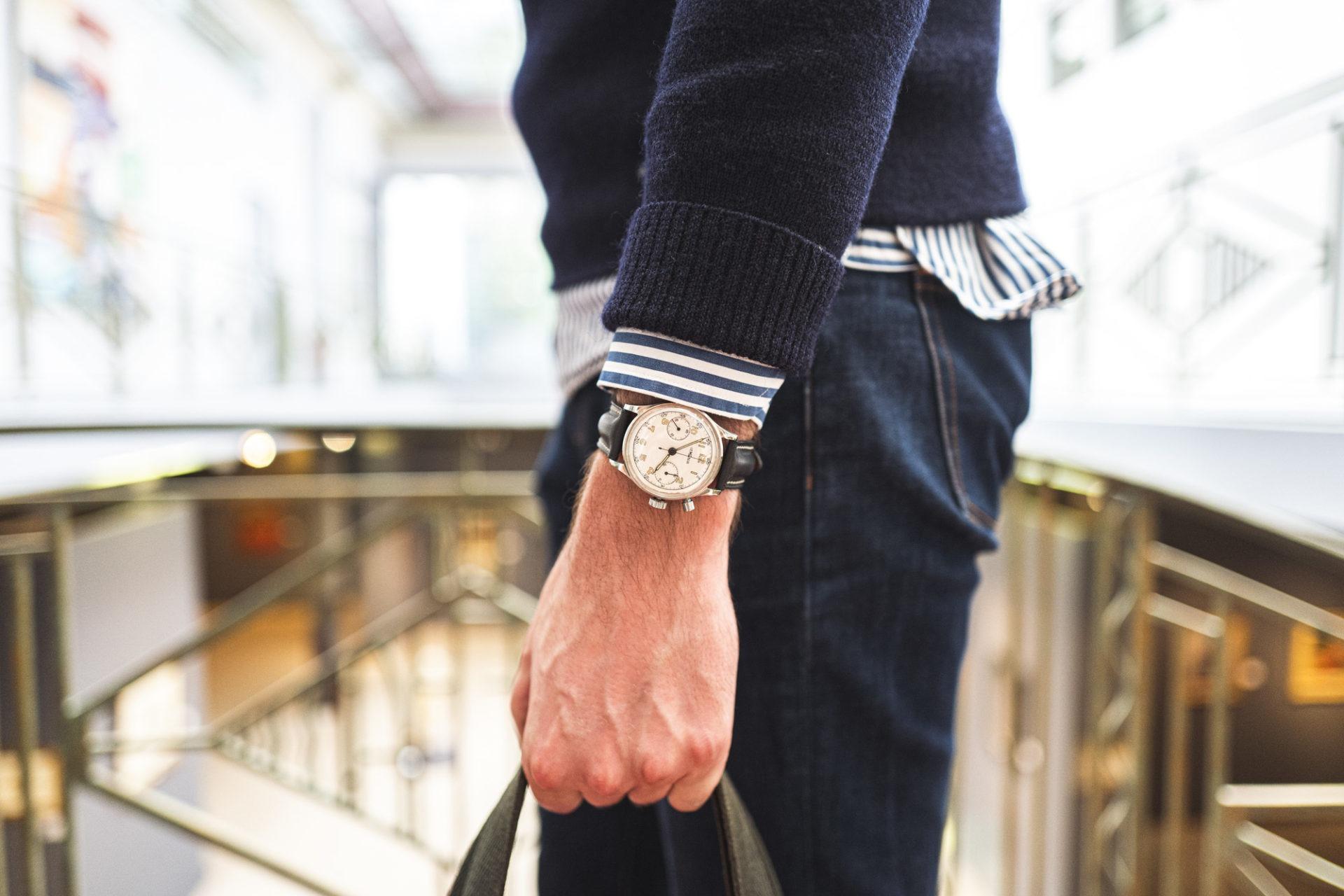 Monopoussoir Lemania - Vente importante de montres de collection par Tajan le 2 juillet