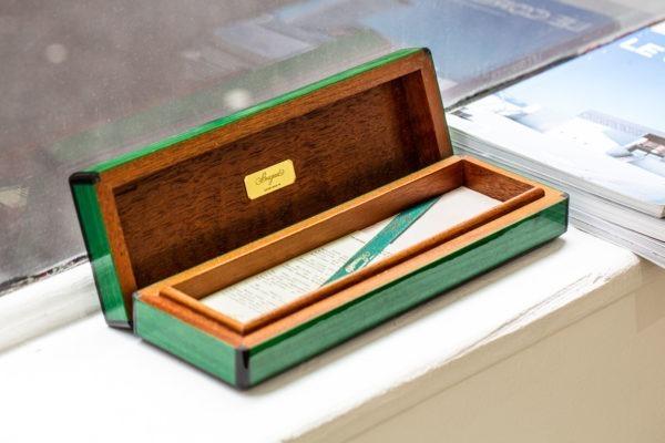 Boite une montre Breguet - Sélection d'objets chez Joseph Bonnie