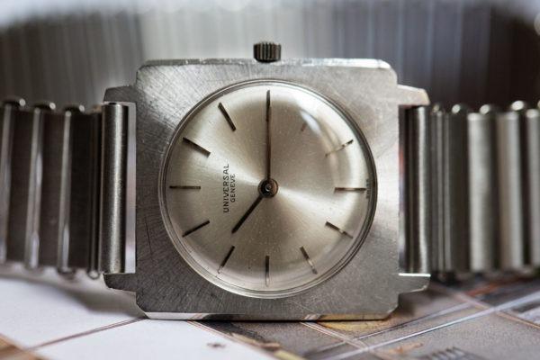 Universal Genève - Sélection de montres vintage Joseph Bonnie
