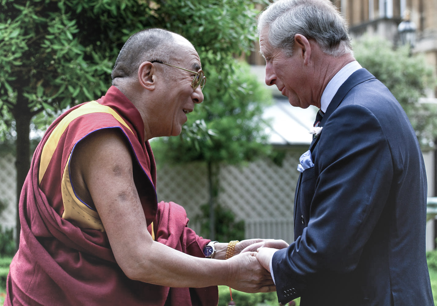 A humble crown: The Dalai Lama's passion for watches | Les Rhabilleurs